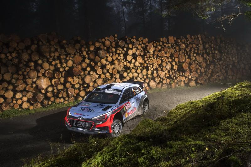 6. Тьєррі Ньовілль, Ніколя Жильсуль, Hyundai i20 WRC, Hyundai Motorsport