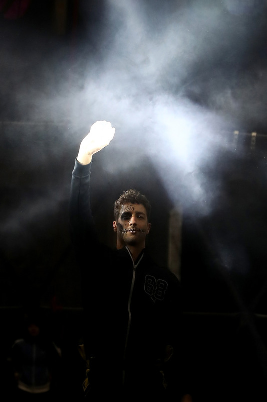 Daniel Ricciardo, Red Bull Racing, bei einer Veranstaltung zum Dia de Muertos