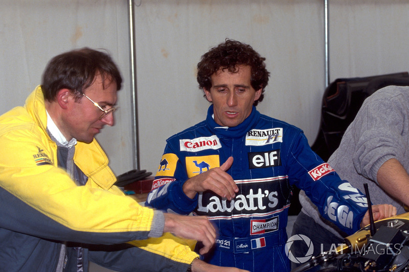 Alain Prost, Williams Renault talks with an engineer