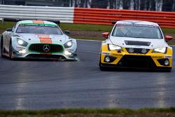 #31 ROFGO Racing Mercedes-AMG GT3: Roald Goethe, Stuart Hall, Daniel Brown