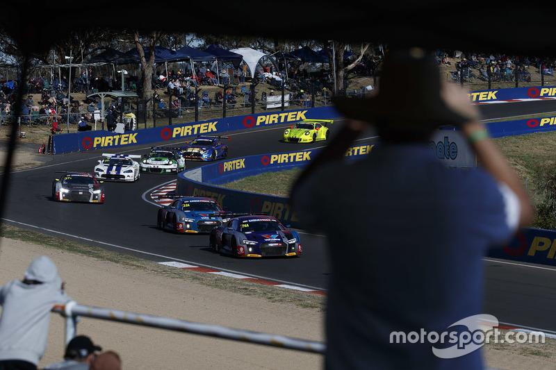 Audi Sport Customer Racing, Audi R8 LMS (№74)