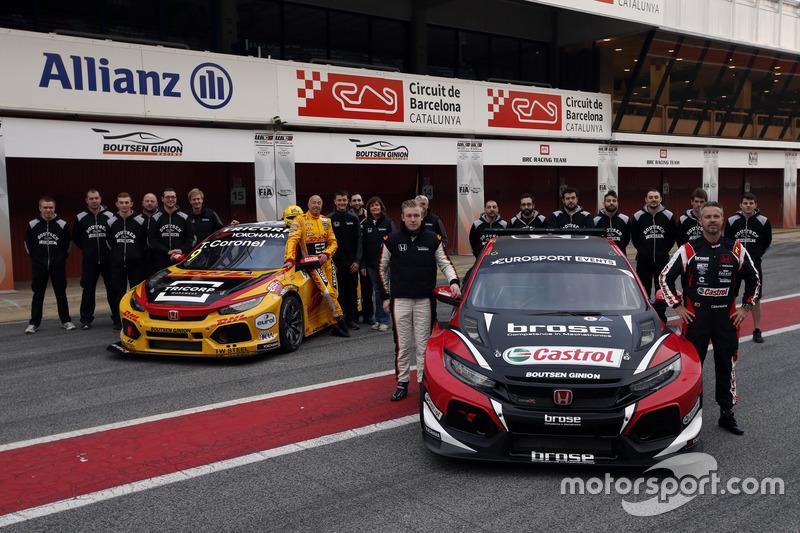 Гонщики Boutsen Ginion Racing Тьягу Монтейру и Том Коронель, автомобили Honda Civic Type R TCR (FK8)