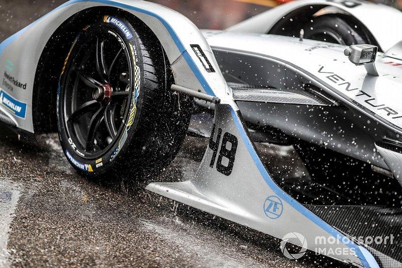 Lluvia sobre el auto de Edoardo Mortara, Venturi Formula E, Venturi VFE05