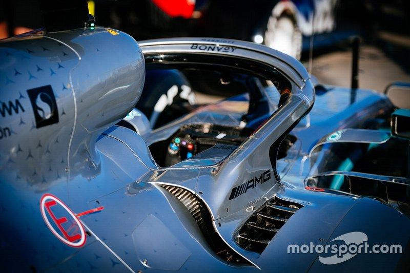 Mercedes AMG F1 W10 halo detay