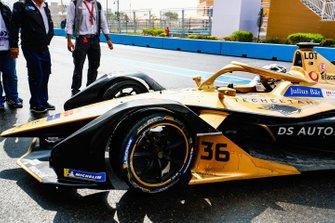 Andre Lotterer, DS TECHEETAH, DS E-Tense FE19 in the pit lane