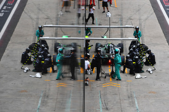 Valtteri Bottas, Mercedes AMG F1 W09 EQ Power+ pit stop