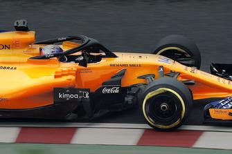 Fernando Alonso, McLaren MCL33 Renault, mit Logo von Coca-Cola am Auto