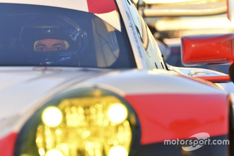 #912 Porsche Team North America Porsche 911 RSR: Kevin Estre