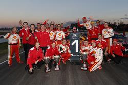 Race winner Scott McLaughlin, Team Penske Ford, third place Fabian Coulthard, Team Penske Ford
