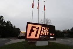 Werbung für die F1-Tests