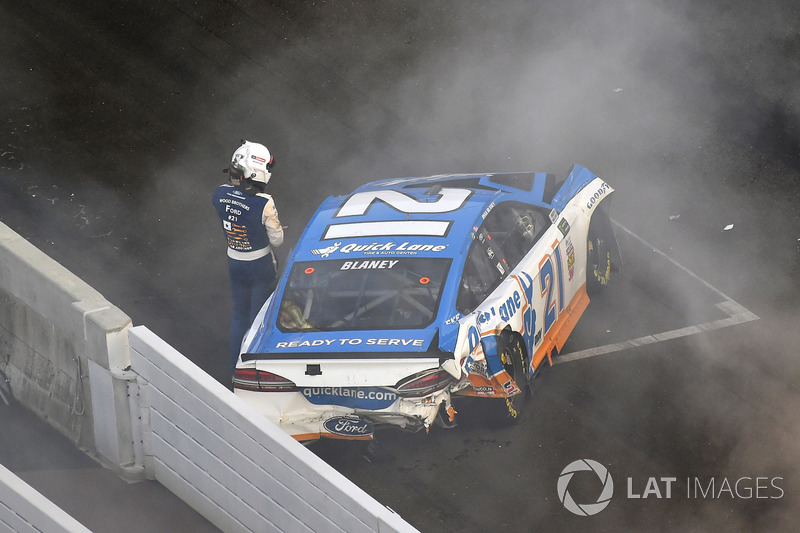 Ryan Blaney, Wood Brothers Racing Ford despojos