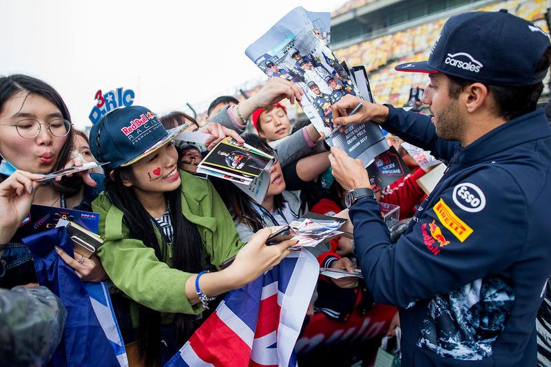 Daniel Ricciardo, Red Bull Racing with fans