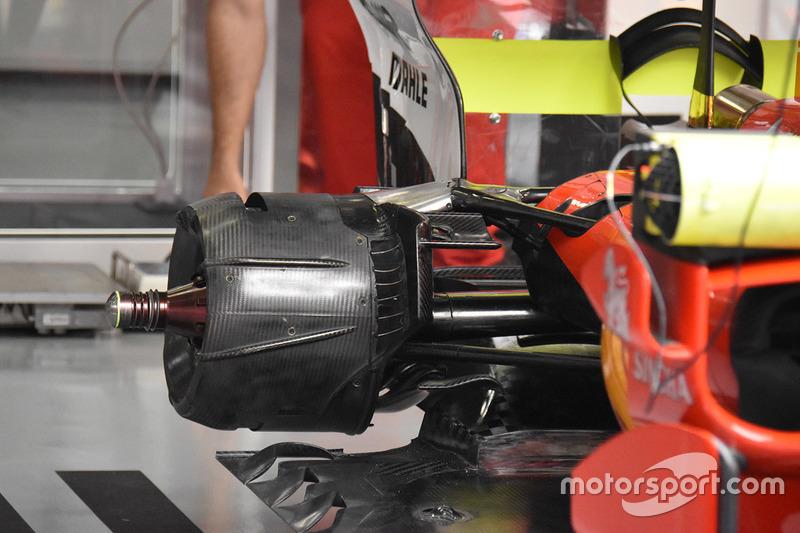 Vue détaillée de l'arrière de la Ferrari SF70H