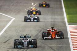 Valtteri Bottas, Mercedes F1 W08, Sebastian Vettel, Ferrari SF70H, Lewis Hamilton, Mercedes F1 W08, Max Verstappen, Red Bull Racing RB13, Daniel Ricciardo, Red Bull Racing RB13