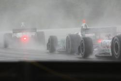 De l'action sur piste très humide