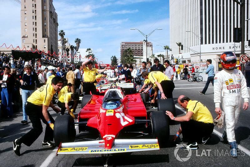 Gilles Villeneuve, Ferrari 126CK walks away