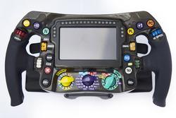 Mercedes AMG F1 W09 direksiyon