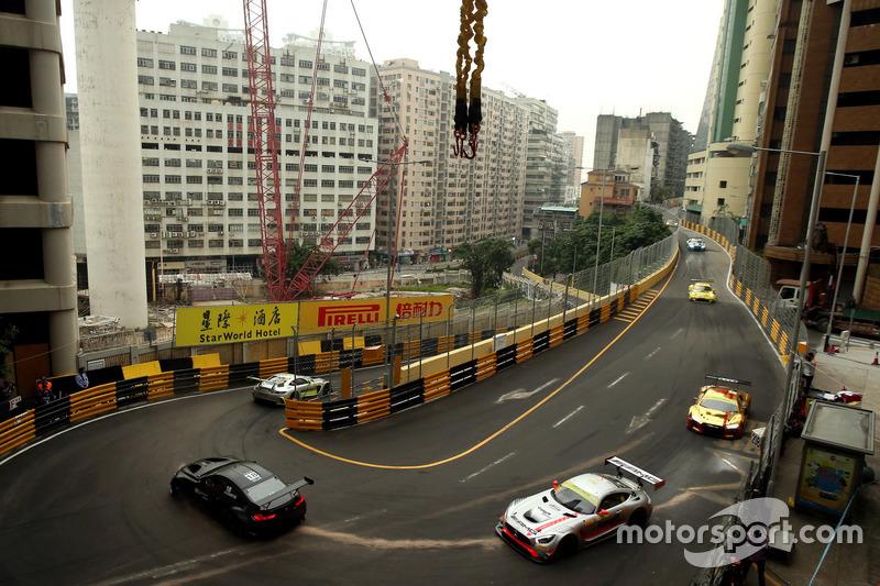 Augusto Farfus, BMW Team Schnitzer, BMW M6 GT3, Raffaele Marciello, Mercedes-AMG Team GruppeM Racing, Mercedes - AMG GT3