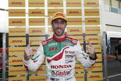 Володар поулу Естебан Герр'єрі, Honda Racing Team JAS, Honda Civic WTCC