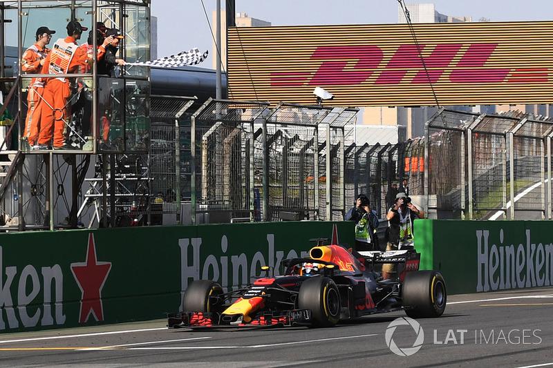 3. GP Tiongkok - Pemenang: Daniel Ricciardo