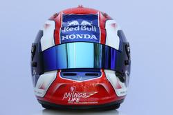 Шлем гонщика Scuderia Toro Rosso Пьера Гасли