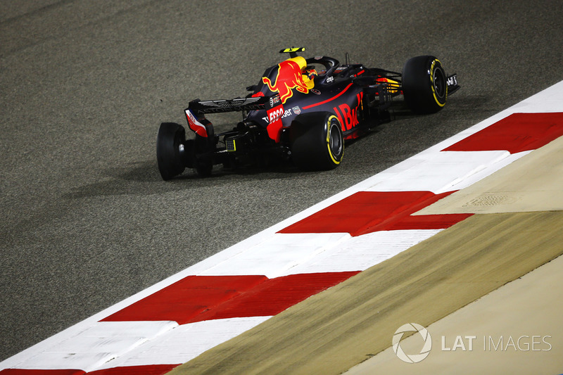 Прокол: Макс Ферстаппен, Red Bull Racing RB14