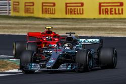 Lewis Hamilton, Mercedes AMG F1 W09, leads Kimi Raikkonen, Ferrari SF71H
