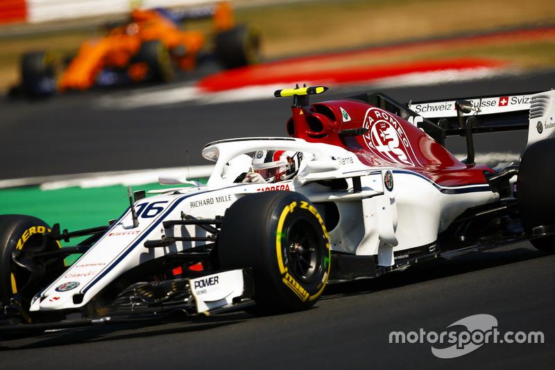 4º Alfa Romeo - Sauber C37 (1092 vueltas)