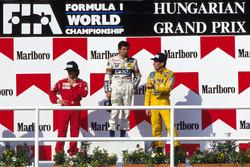 Podium: race winner Nelson Piquet,Williams, second place Alain Prost, McLaren and third place Ayrton Senna, Lotus