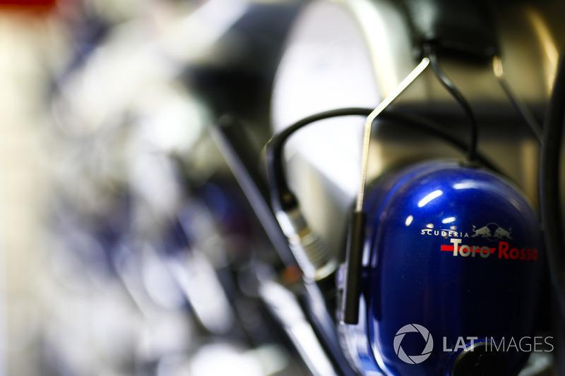 Sets de audífonos de Toro Rosso