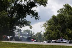 Charlie Kimball, Carlin Chevrolet, Tony Kanaan, A.J. Foyt Enterprises Chevrolet, Will Power, Team Penske Chevrolet 9. virajda kaza yapıyor