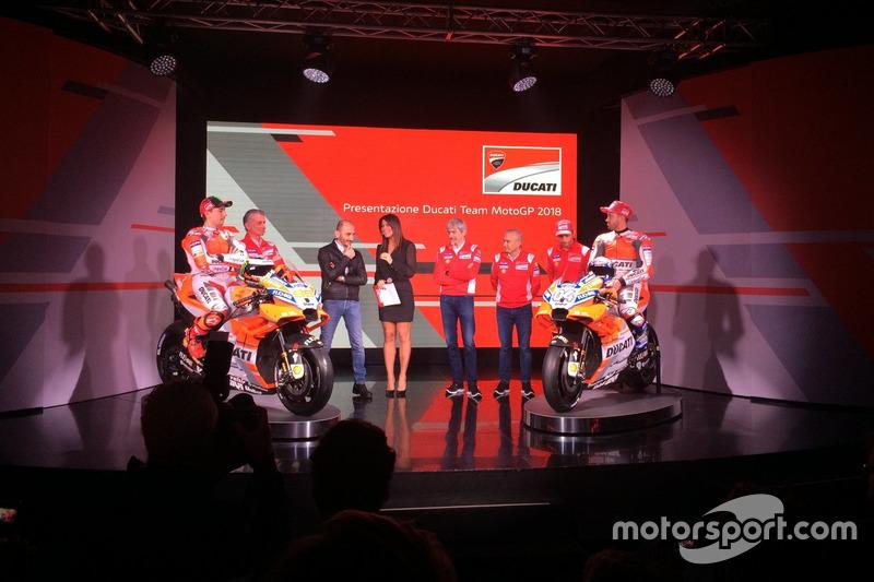 Claudio Domenicali, CEO Ducati, Davide Tardozzi,  Luigi Dall'Igna, Jorge Lorenzo, Andrea Dovizioso, Michele Pirro