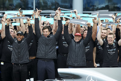 Lewis Hamilton, Mercedes AMG F1, Toto Wolff, Executive Director Mercedes AMG F1, Niki Lauda, Non-Executive Chairman, Mercedes AMG F1