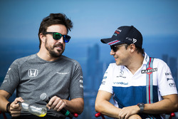Fernando Alonso, McLaren; Felipe Massa, Williams