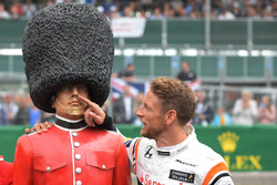 Jenson Button, McLaren, Palace Guard