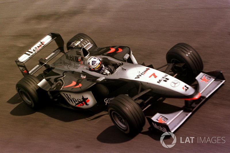 10: David Coulthard: 164 GPs (66,67% dos disputados)