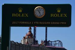 Rolex-Branding in der Boxengasse
