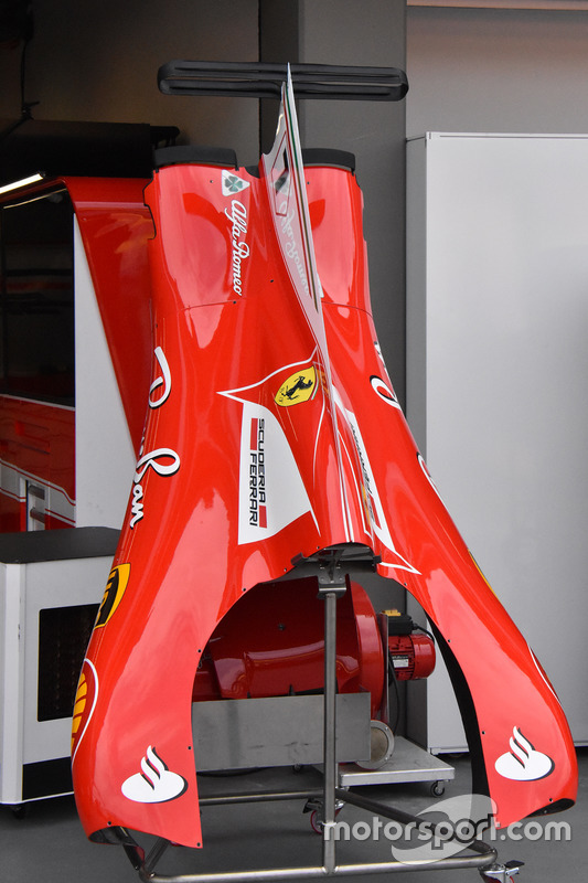 Ferrari SF70H, engine cover