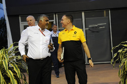 Pete Samara and Alan Permane, Renault Sport F1 Team Race Engineer