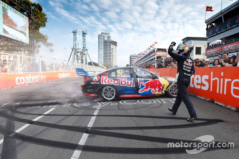 Ganador de la carrera Shane van Gisbergen, Triple Eight Race Engineering Holden