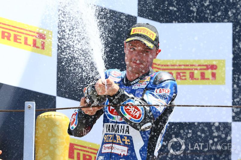 Podium: Second place Alex Lowes, Pata Yamaha