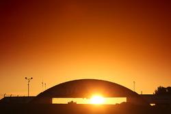 Схід сонця над Ле-Маном