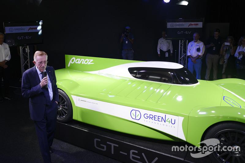 Дон Паноз представляет Panoz Racing GT-EV