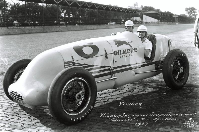 Ganador de la carrera Wilbur Shaw