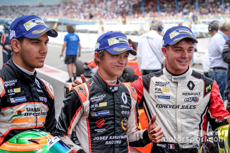 Il vincitore Lando Norris, Josef Kaufmann Racing, il secondo classificato Dorian Boccolacci, Tech 1 Racing, il terzo classificato Jehan Daruvala, Josef Kaufmann Racing