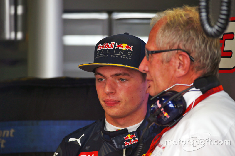 (L to R): Max Verstappen, Red Bull Racing with Dr Helmut Marko, Red Bull Motorsport Consultant