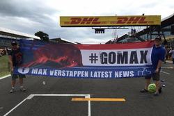 Spandoek #GoMax van fanclub Max Verstappen
