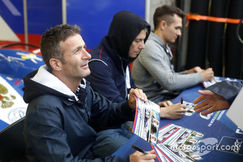 #27 SMP Racing BR01 Nissan: Ніколя Мінассян, Мауріціо Медіані, Михайло Альошин