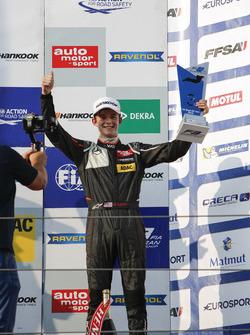 Podium: 3. Callum Ilott, Van Amersfoort Racing, Dallara F312, Mercedes-Benz