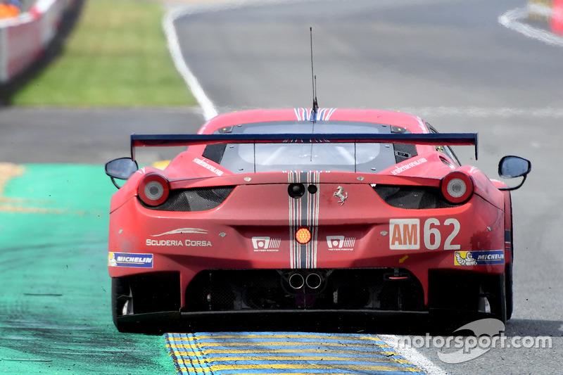 Ferrari 458 Italia команды Scuderia Corsa: Билл Суидлер, Таунсенд Белл, Джефф Сигал
